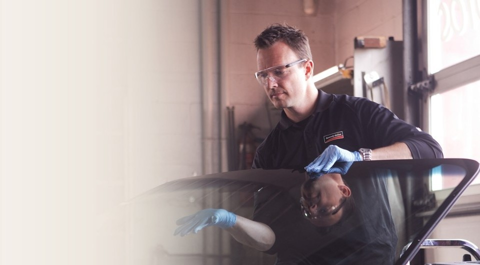 Experts in windshield repair from SpeedyGlass are present all accross Canada